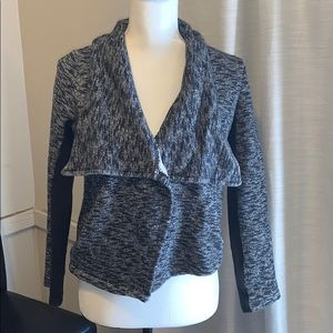 JACK Open Front Jacket Size S Gray and black A57